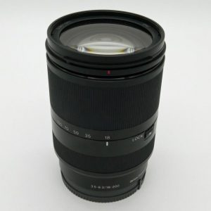 Sony SEL 18-200mm LE